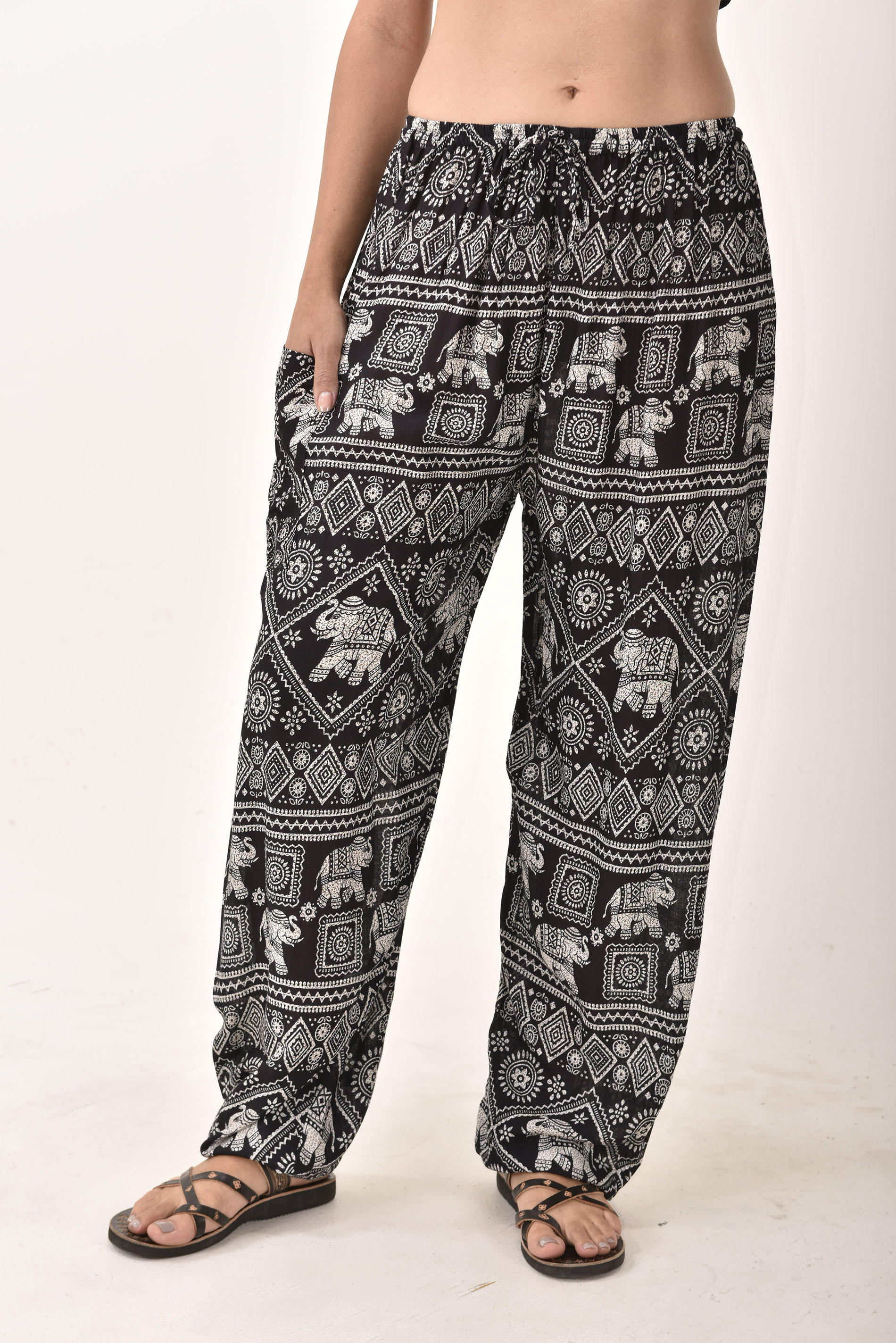 Drawstring Pants Elephant Print, Black