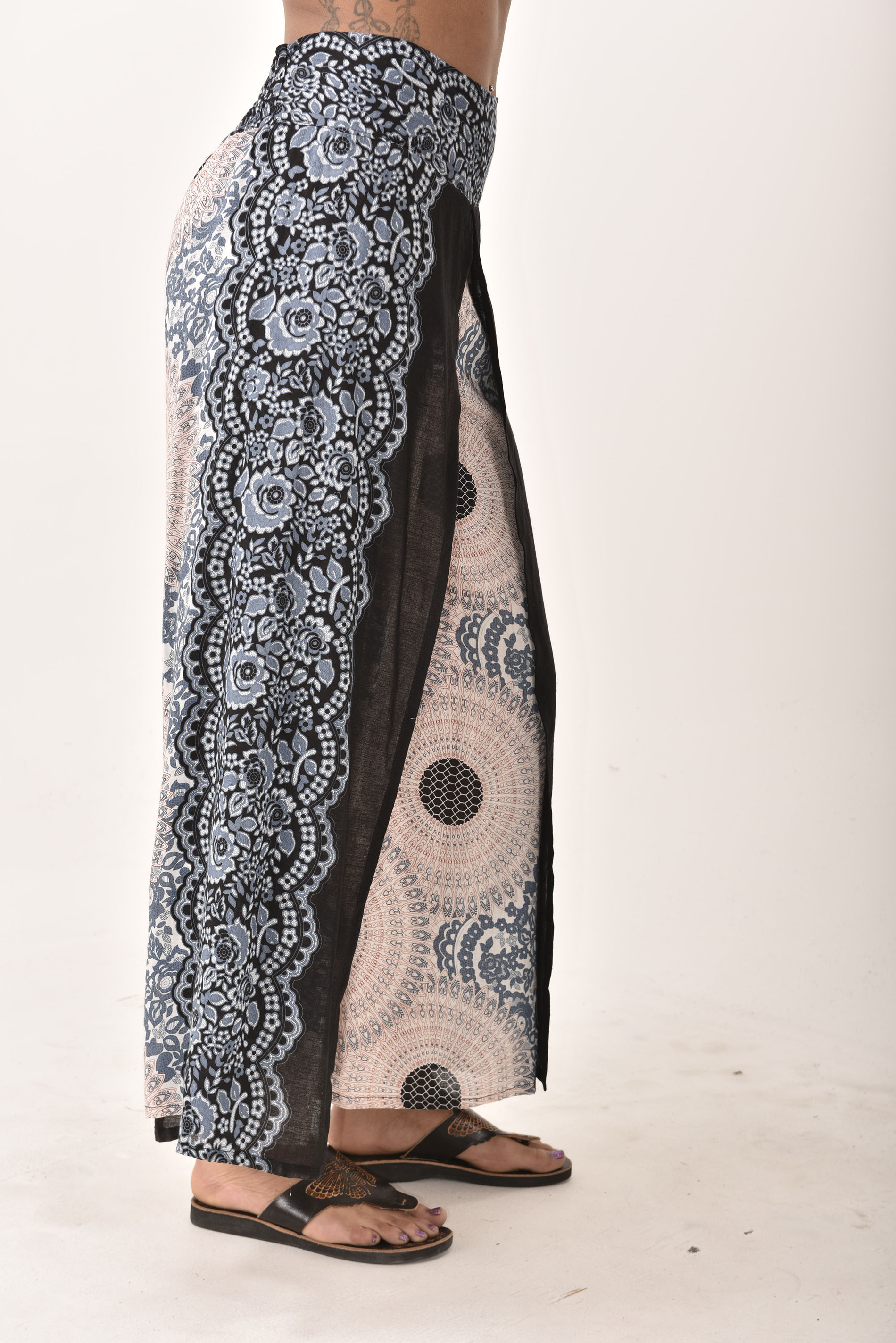 Honeycomb Print Wrap Leg Pants, Grey